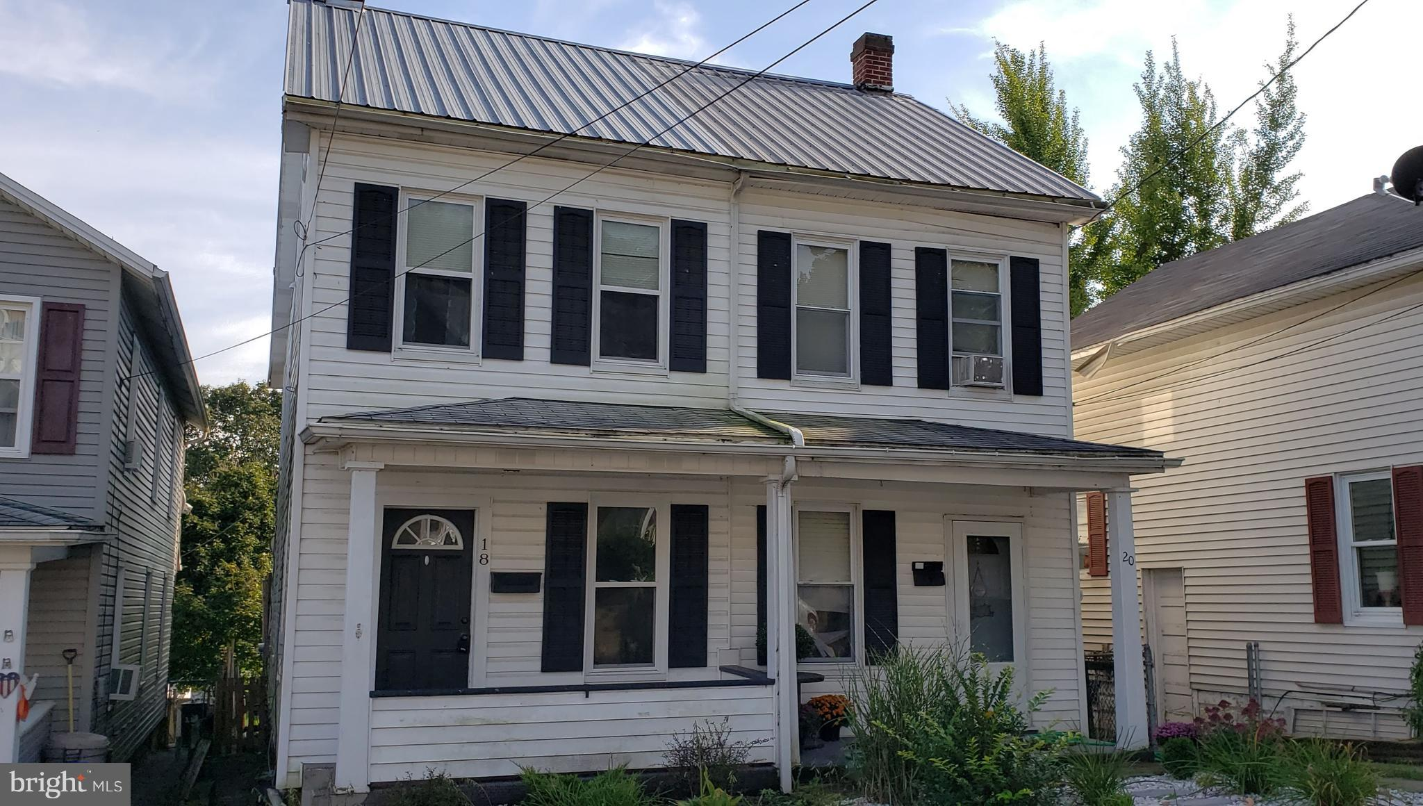 18 WOODS LANE, LEWISTOWN, PA 17044