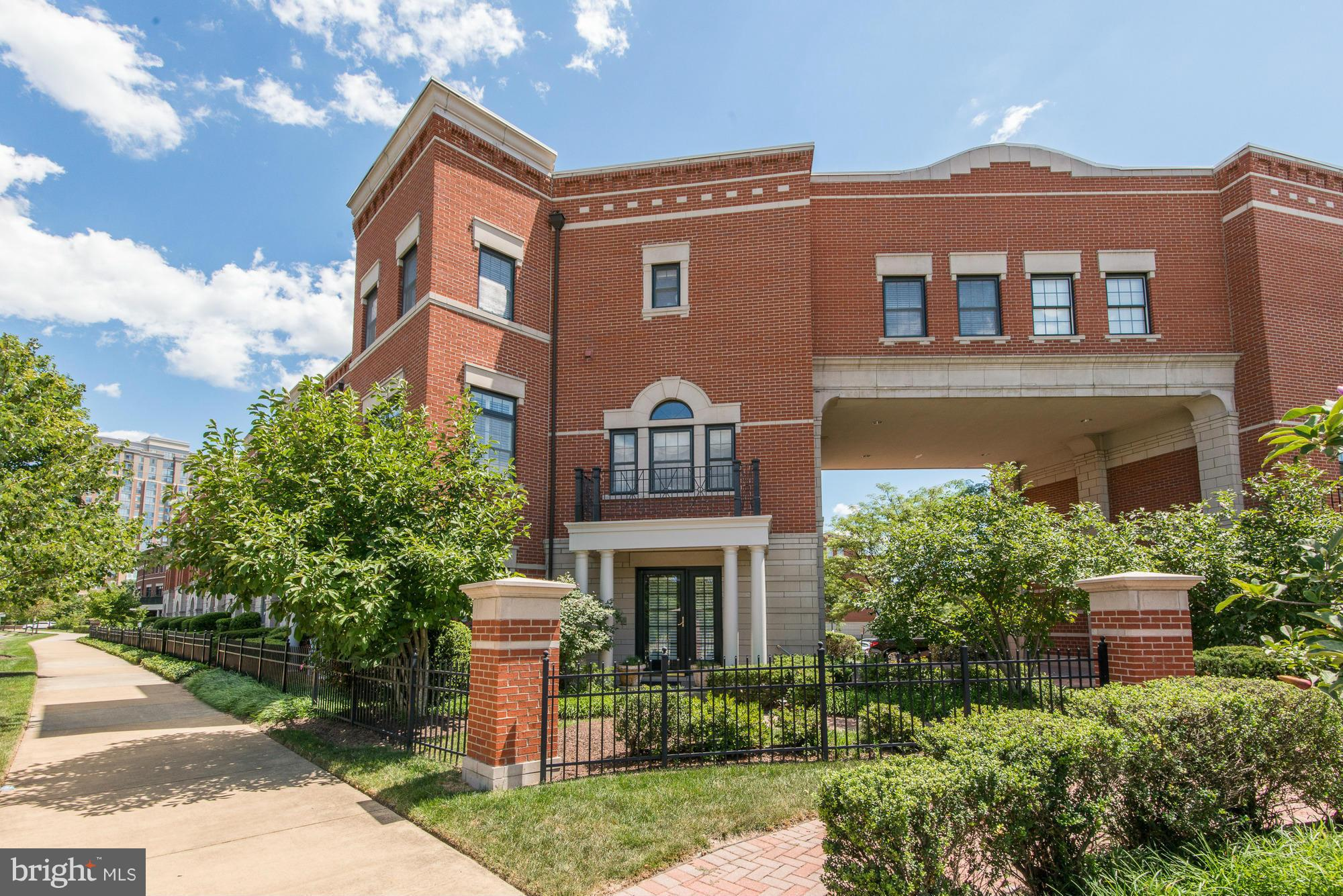 For your MOST discerning client!  Open! Sun filled! 3 Levels of HIGH-END remodel! Dramatic Accents: volute staircase, glass tile surround Fireplaces,REMODELED BATHS! STUNNING custom designed/remodeled Kit/Great Rm w/expanded granite cntr isld/brkfst bar, incredible quartz backsplash, butler's pantry+desk! Fabulous Master Bedroom Suite w/SITTING RM! Family Room w/French doors to separate office/4th Bedroom. Walk to Reston Town Center. Lease term 12-36 months.