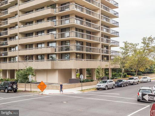 400 Madison St #907, Alexandria, VA 22314