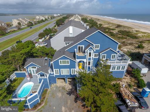 OWENS COURT, FENWICK ISLAND Real Estate