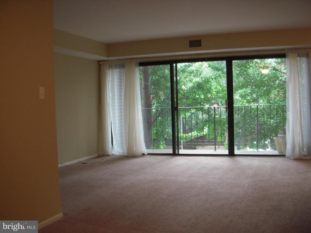 Photo of 1600 Prince St #112