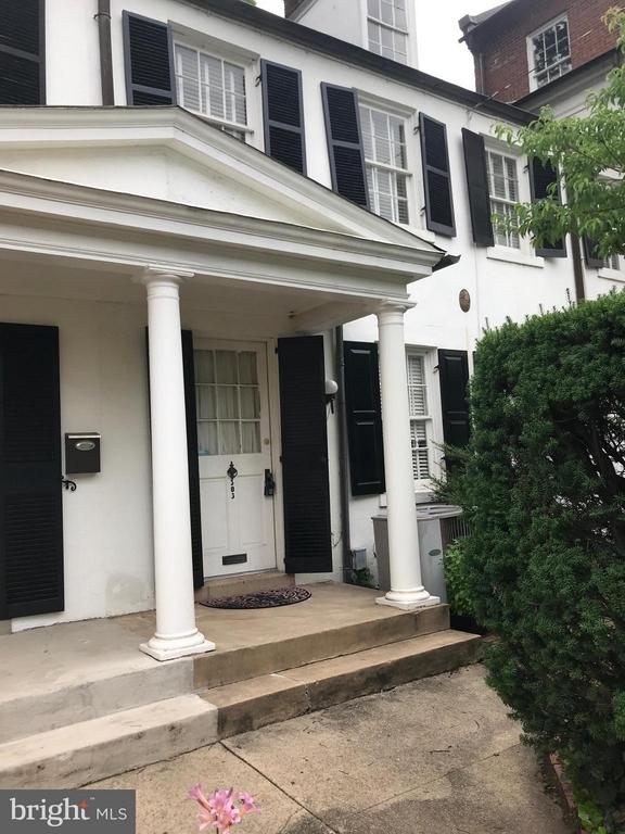 BUILT  1796 W/PINE FLOORS. PINE FLOORS. THIS HAS OFF STREET PARKING FOR ONE CAR. TWO BLOCKS TO KING ST WITH ALL OF THE SHOPS AND RESTAURANTS. NO SMOKING. THERE IS NO STORAGE IN BASEMENT. 3RD FLOOR IS GREAT FOR STORAGE OR OFFICE.  PETS ON CASE BY CASE.