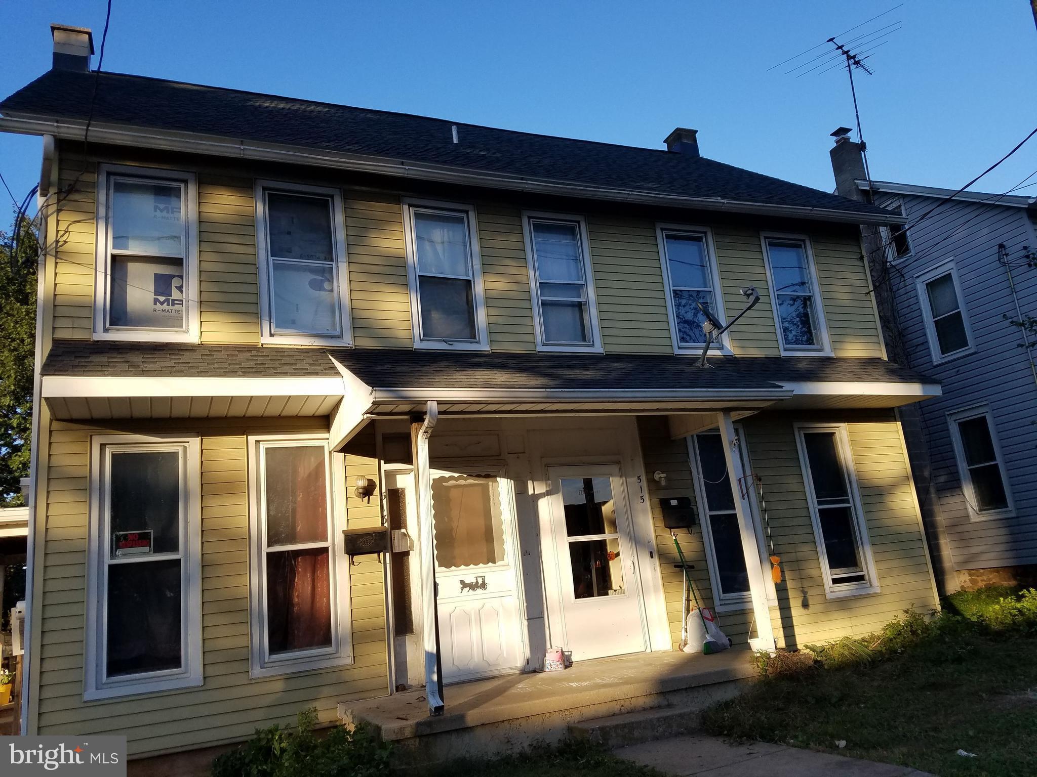 513 MAIN STREET, AKRON, PA 17501