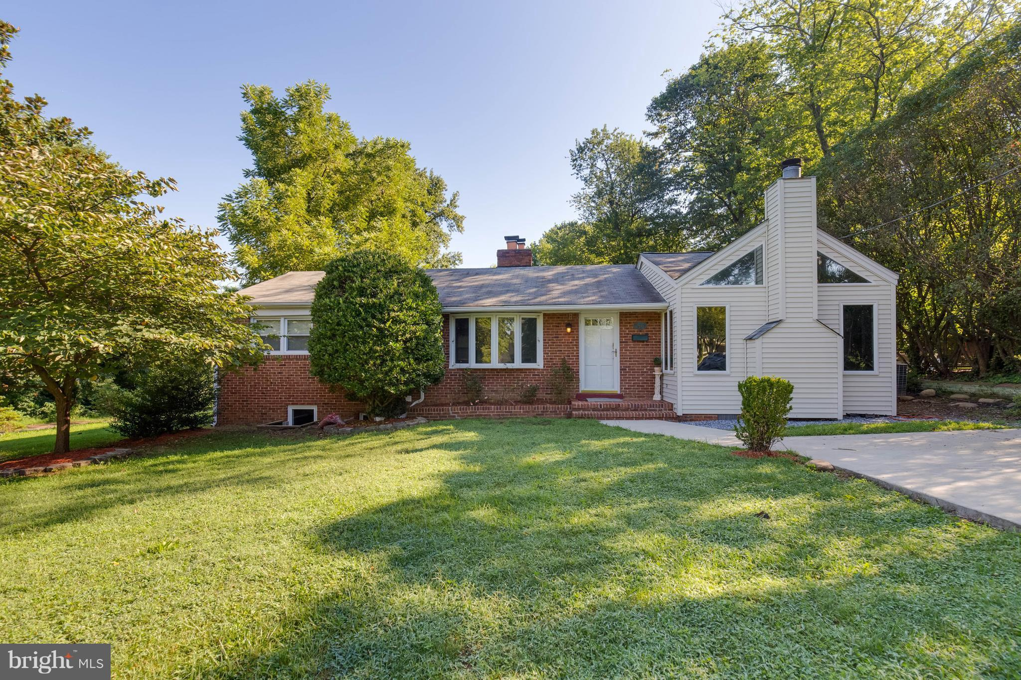 Wonderful home with 4 bedrooms and 2 full baths with 2 finished levels. The yard is open and very nice and the backyard has a screened in patio for enjoying the summer evenings. This home is  a must see and ready to move in!