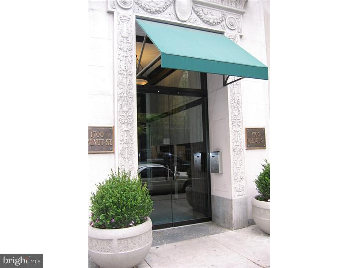 ADORABLE 2 bedroom, 2 1/2 bath apartment JUST STEPS OFF OF RITTENHOUSE SQUARE. Well designed living and dining space, open kitchen with excellent storage, Great space and value. Enjoy living in this elevator, doorman building with brand new GYM. A MUST SEE TO BELIEVE!!