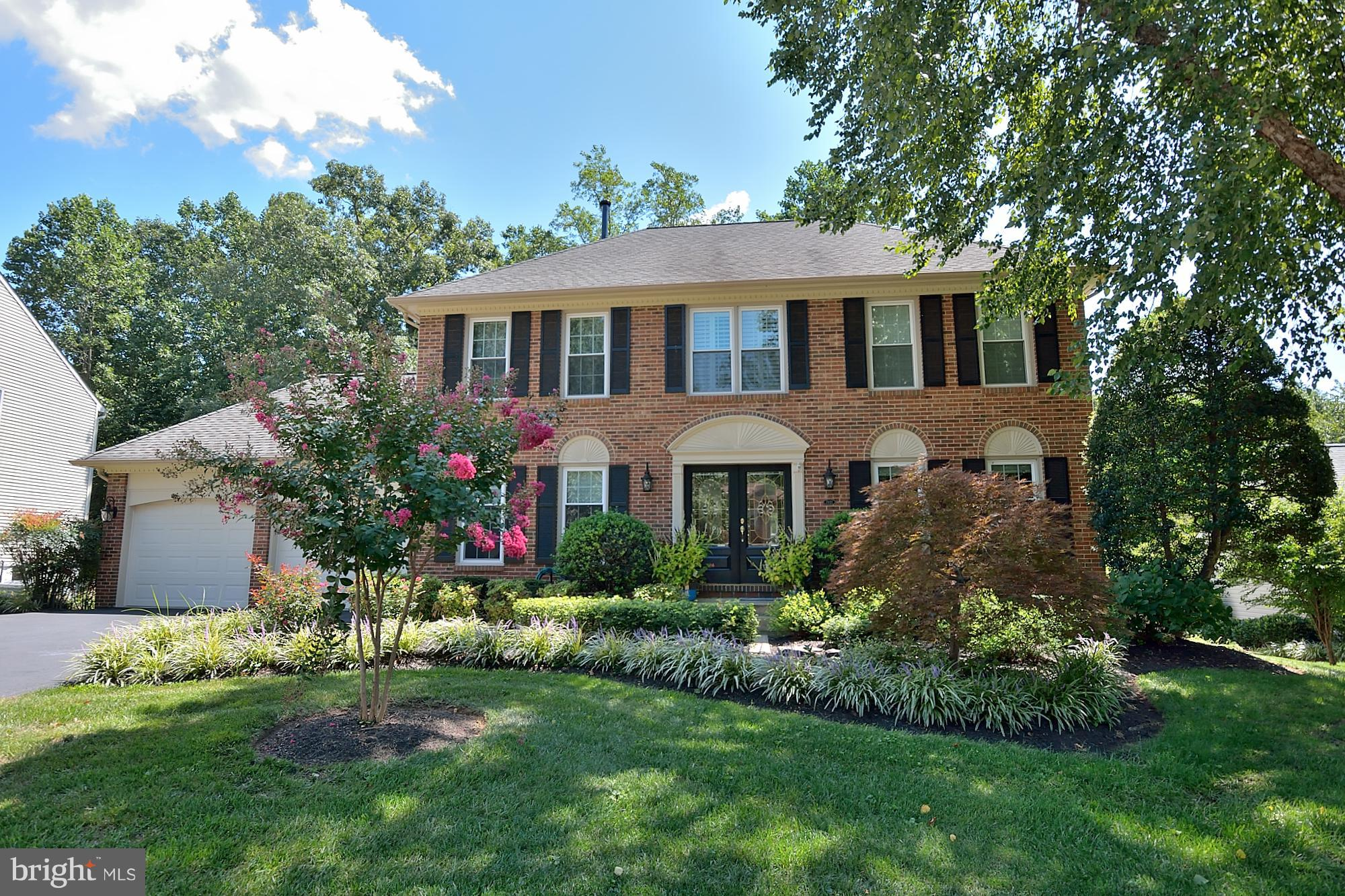 THIS IS THE ONE! You must see this 4-5 Bedroom Colonial (w/ Professional office) on  Spectacular Lot ~ Quiet Cul de Sac ~ Over 3500 SF on 3 Lvls ~ Meticulously Maintained ~ 3.5 Baths (Master is Incredible!) ~ Upgraded Light Fixtures throughout home ~ Brick Gas FP ~ Large room sizes ~ Custom Built-ins ~ Hot Tub ~ Lot has direct access to Lake Mercer ~ Minutes to VRE train or Spgfld/Franc Metro.
