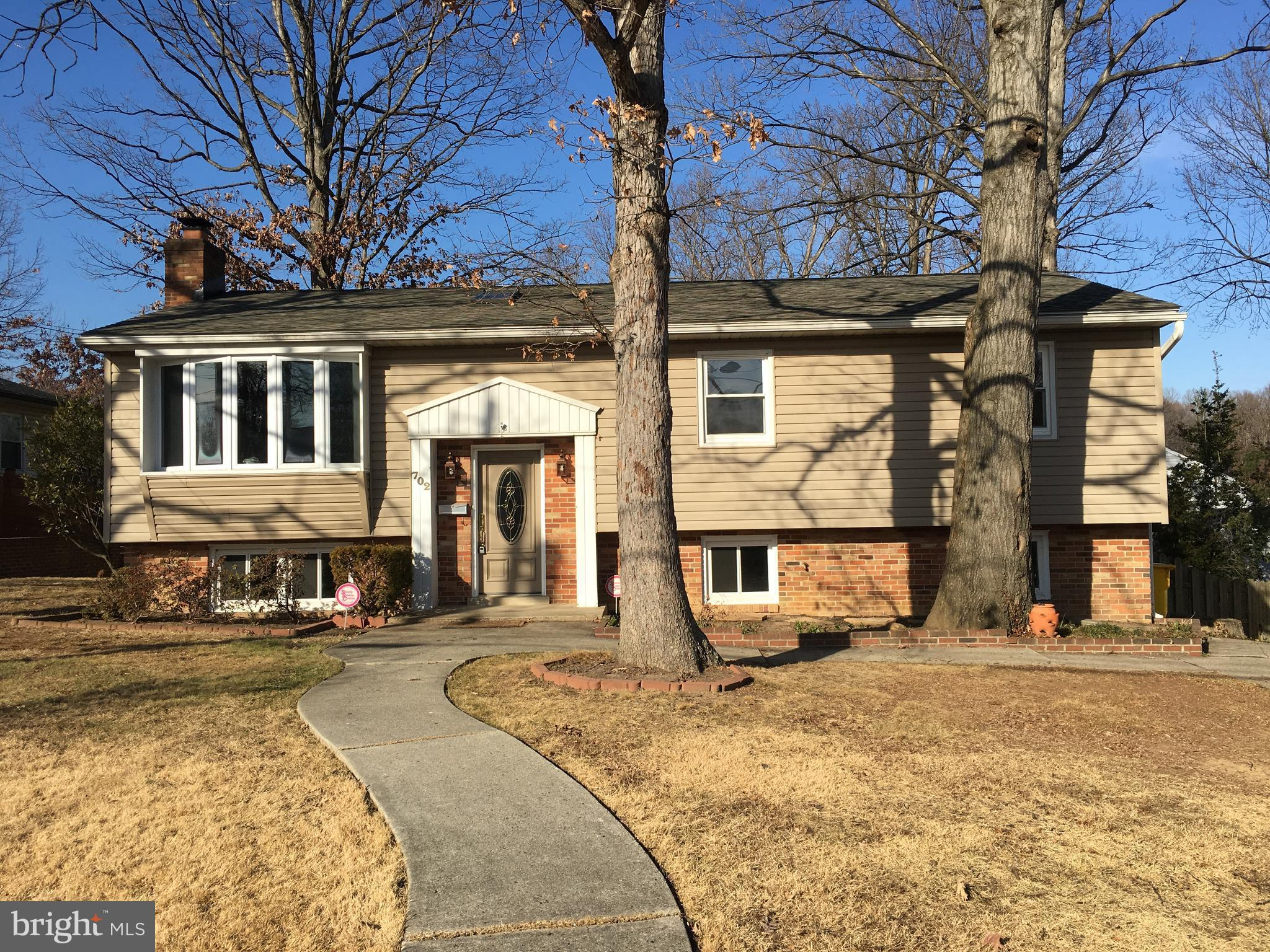 702 MAPLE ROAD W, LINTHICUM HEIGHTS, MD 21090