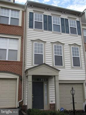 Gorgeous town in Lorton Station close to VRE! Gleaming HWs in LR/DR/FR and kit! Gourmet kitchen w/maple cabinets, Granite counters, island, stainless appliances, pantry, recessed lighting and more! Gas FP in FR w/french doors to deck! Crown/chair molding! Super sized master bedroom w/cathedral ceilings.walk-in closet! PRICED TO SELL. SOLD  AS-IS. HURRY!!!!