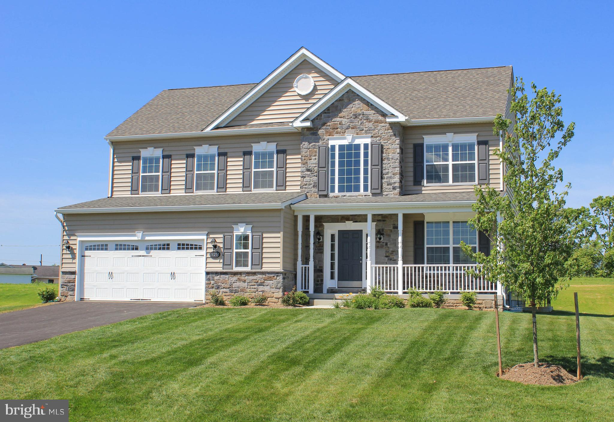 113 DORCHESTER DRIVE, FALLING WATERS, WV 25419