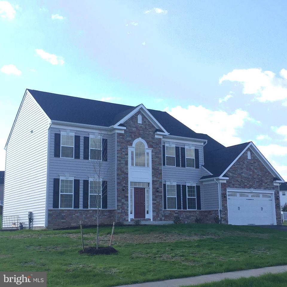 102 DORCHESTER DRIVE, FALLING WATERS, WV 25419