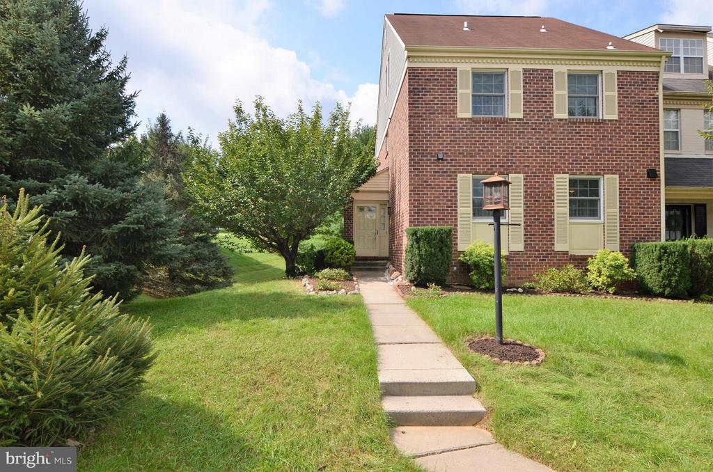 1 CASTLETOWN ROAD LUTHERVILLE TIMONIUM, MD 21093 1006273544