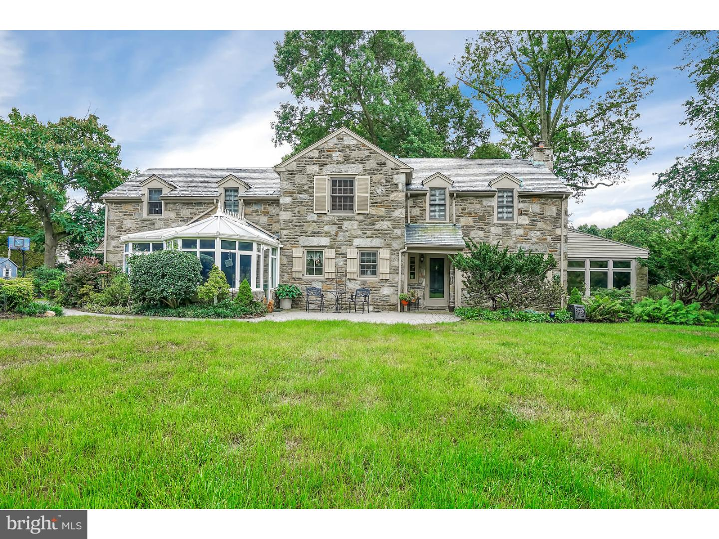 1 Stanfield Avenue Broomall, PA 19008
