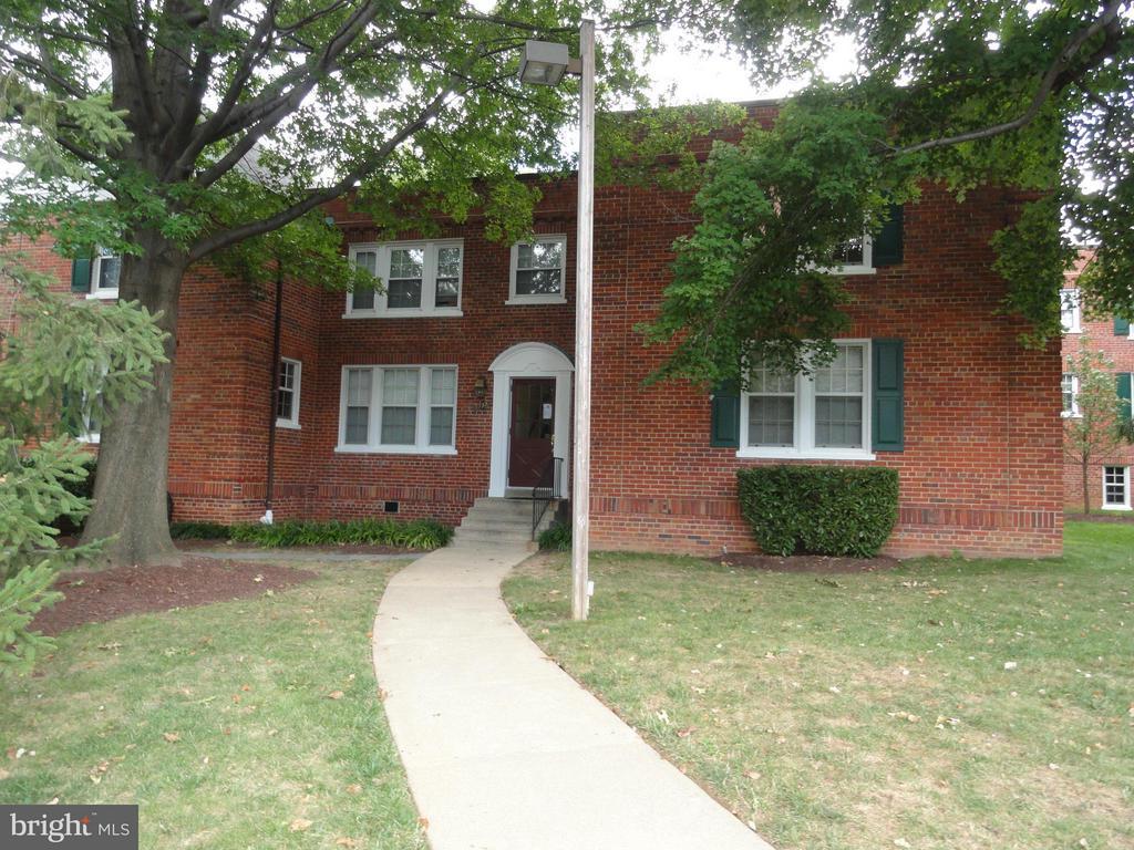 1735 N Rhodes St #239, Arlington, VA 22201