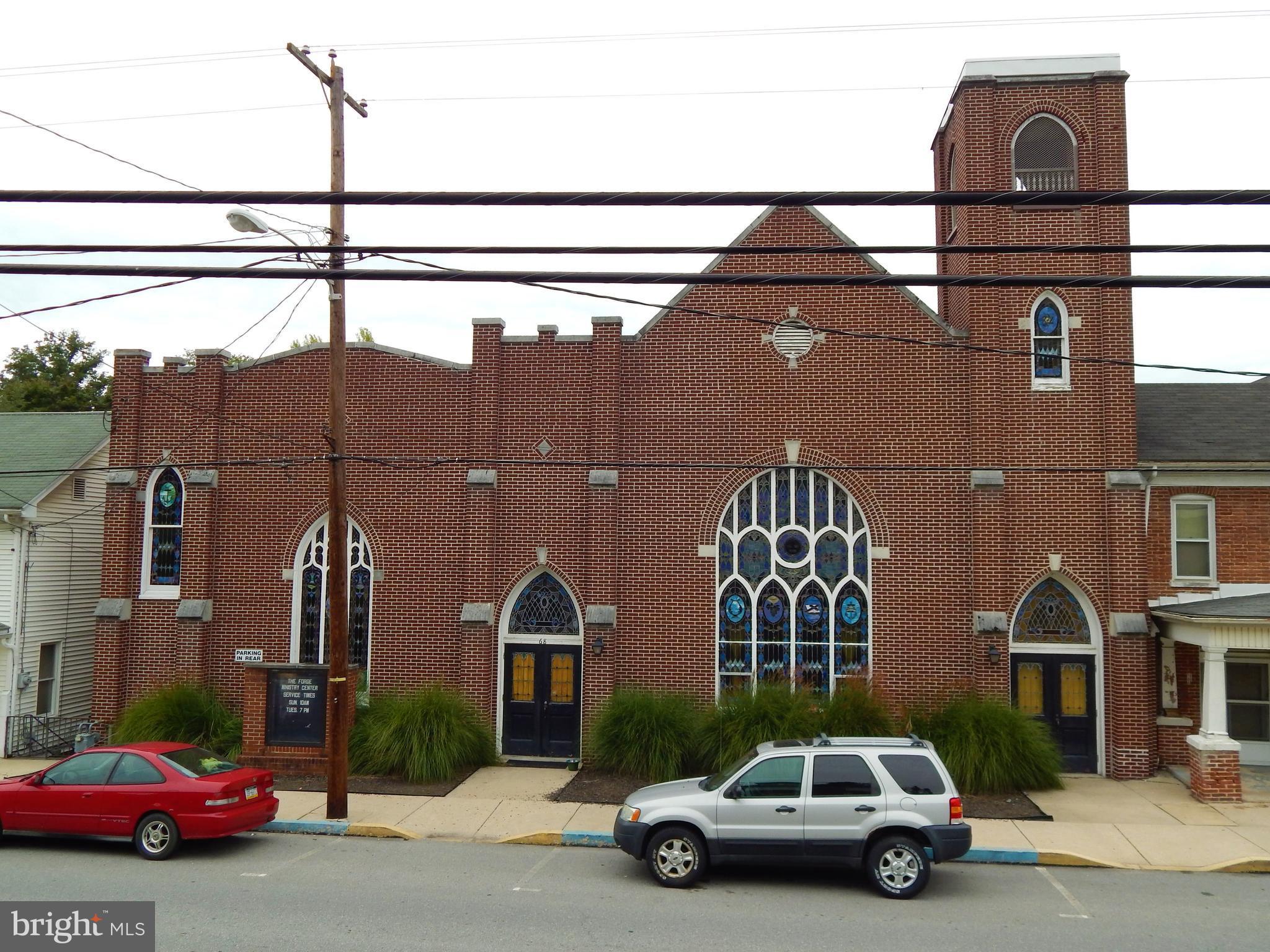 68 W MAIN STREET, WINDSOR, PA 17366
