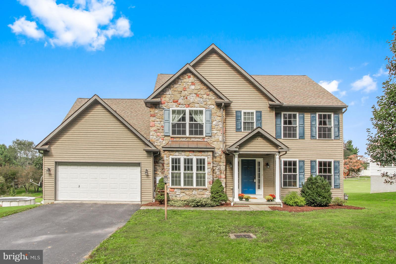 1016 GRIM HOLLOW ROAD, RED LION, PA 17356