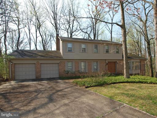 11701 Auth Ln, Silver Spring, MD 20902
