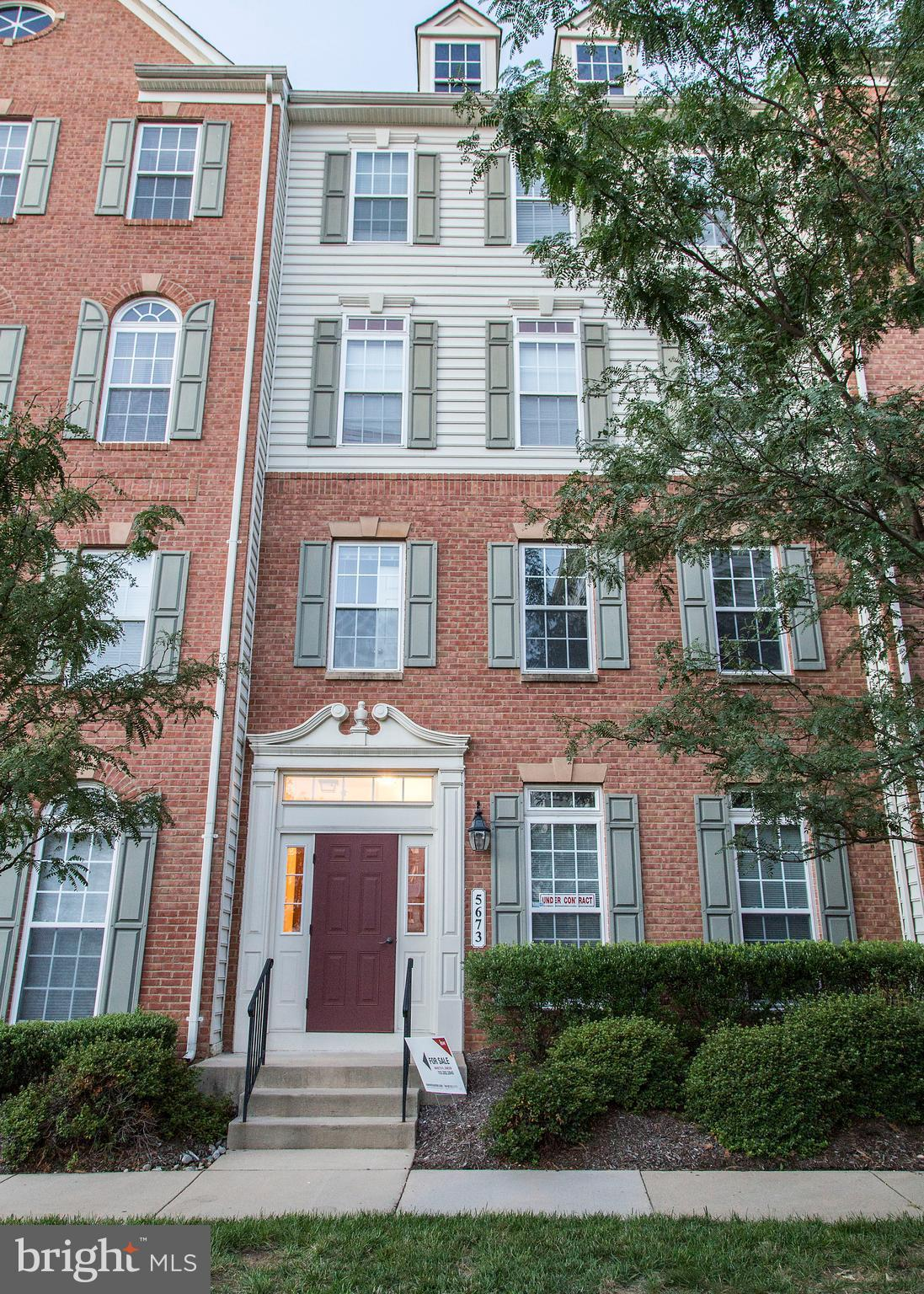 BACK ON THE MARKET! Great looking 3 bedroom 2 full bath Condo/Townhouse in a very convenient location! Rooms are spacious, amenities great, gleaming hardwood floors, granite counters and stainless appliances. Condo fee covers roof, trash and snow removal, water, grounds maintenance and deck maintenance. Come see it quickly!