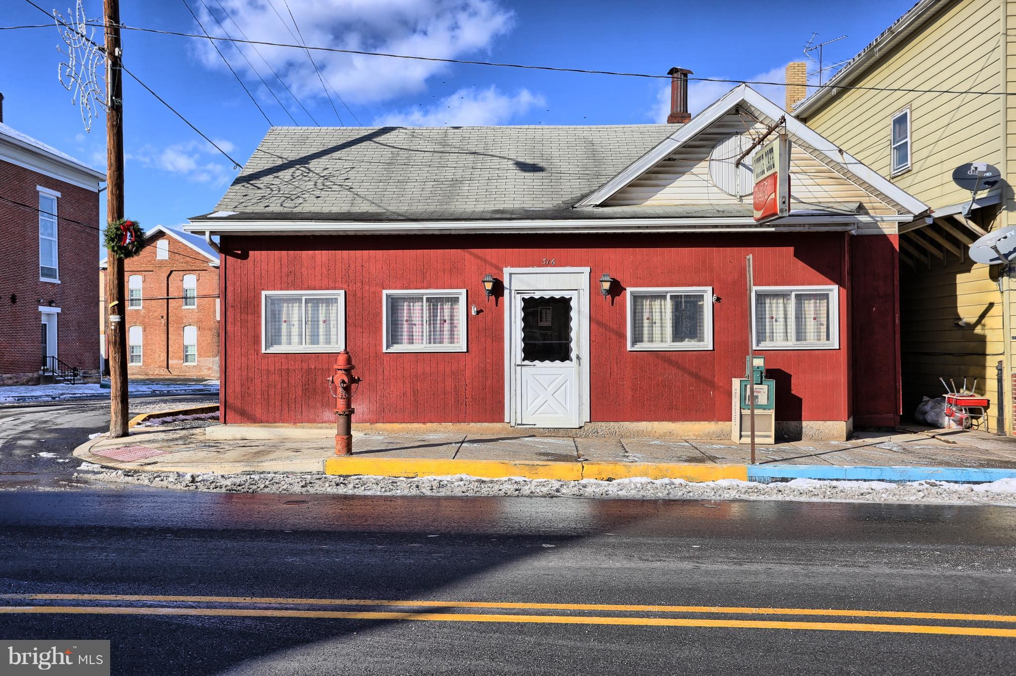 316 MARKET STREET, PORT ROYAL, PA 17082