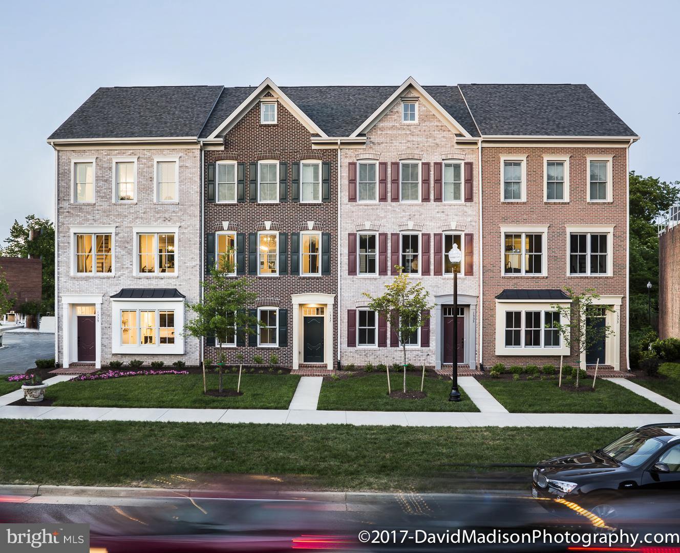 New Construction - Closeout, Four Story Luxury Condominium Townhome in Old Town Alexandria. 3 Bedrooms, 3.5 Baths + 2nd Powder Room on Loft/Roof Top Terrace level.. Beautiful Kitchen with alpine white cabinets; large center island and generous cabinet storage. Hardwood Flooring throughout Main Level. 9 ft ceilings on all levels, Large 200+ sq ft Terrace! 2 Car Garage!! Fenced Front Yards!!!