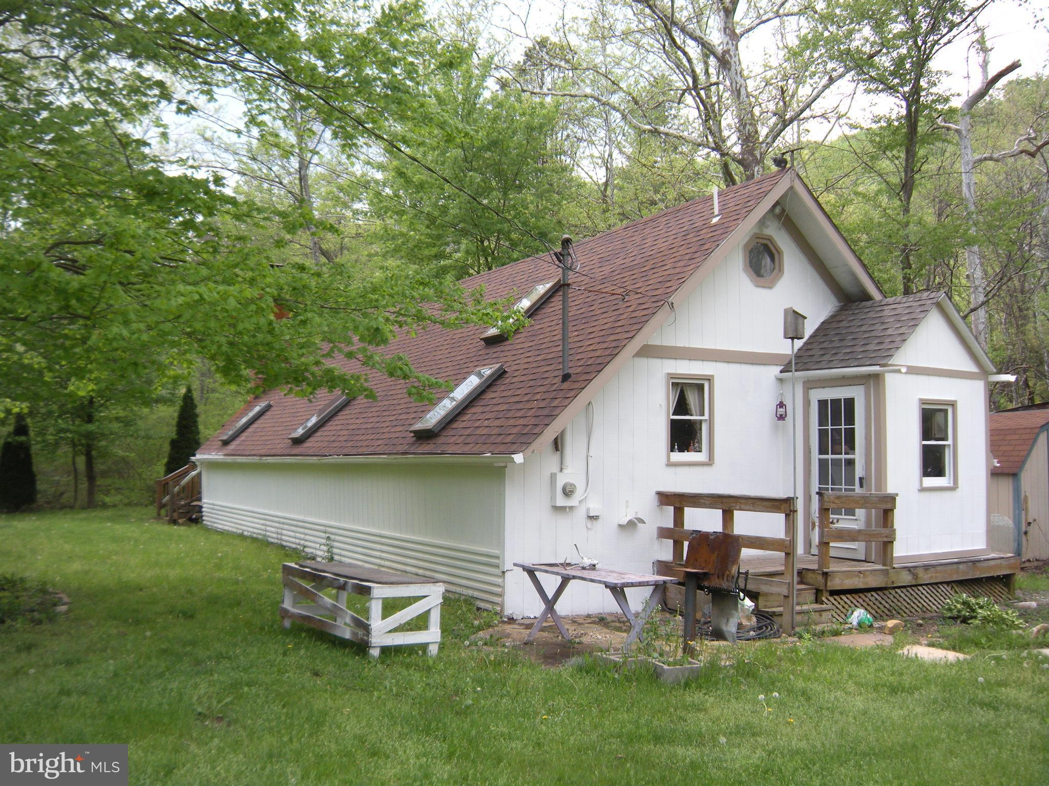 1023 RITTERS VALLEY DRIVE, CAPON BRIDGE, WV 26711