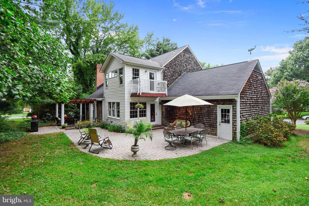 $10,000 CREDIT to BUYER with ACCEPTABLE CONTRACT!  Your Search is Over!  Beautiful 4 BR, 2.5BA Colonial , 3225 Finished SF on .72 Acres in Ulmstead Estates!  YOU Will LOVE Your Beautiful Kitchen w/Breakfast Bar Open to Bright Breakfast Room & FR w/WB Fireplace.  Relax in Your Owners Suite w/Abundant Windows, Private Balcony & Walk In Closet Too.  LL Rec Room is a Perfect Get Away for All Ages.  Pretty Private Patios PERFECT for Entertaining