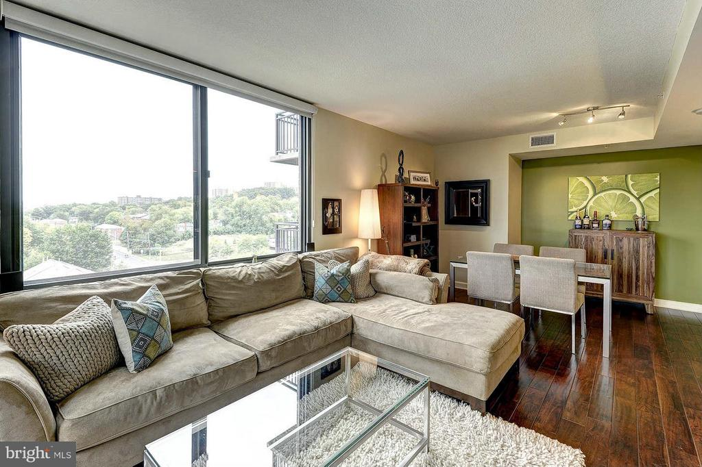 Photo of 2451 Midtown Ave #914