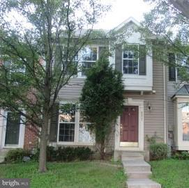 Large Townhome in New Town* Features Master Suite with Super bath,Whirlpool Soaking Tub,Walk In Closet and Vaulted Ceiling*Custom Kitchen with Island,42' Oak Cabinets and Stainless Appliances*Finished Basement*Backs to Woods*Walking Distance to Pool*Seller has offered a $1,000.00 Bonus to the Selling Agent*Certified EMD held by Listing Broker*Buyer to pay all Transfer Taxes.