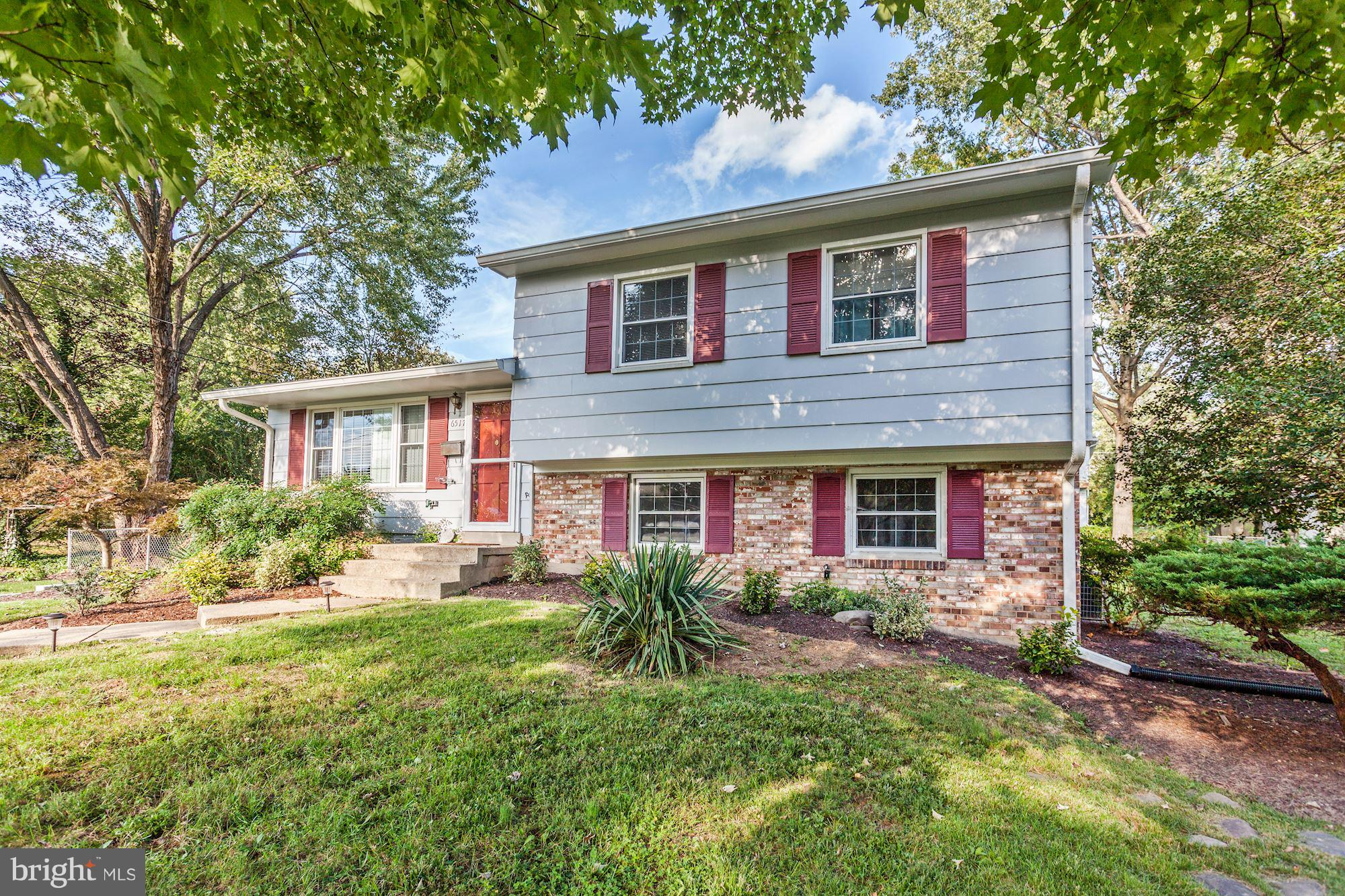 Three levels, 3 BRs, 2 BA, wood flooring, large lot w/ mature trees & generous backyard. 2018 updates incl: baths, most kitchen appls & LL carpet. Other updates incl: roofing, gutters, HWH. There's a 360 sf deck, a patio & lg shed/workshop w/electricity. Location is convenient to Lee District Park, 3 Metros & Ft Belvoir. Also close to shopping/dining, commuter routes. Haystack Rd for the Win!
