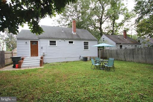 9504 49TH PLACE, COLLEGE PARK, MD 20740  Photo 15
