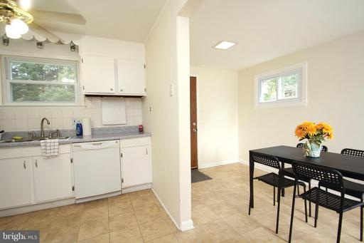 9504 49TH PLACE, COLLEGE PARK, MD 20740  Photo 7