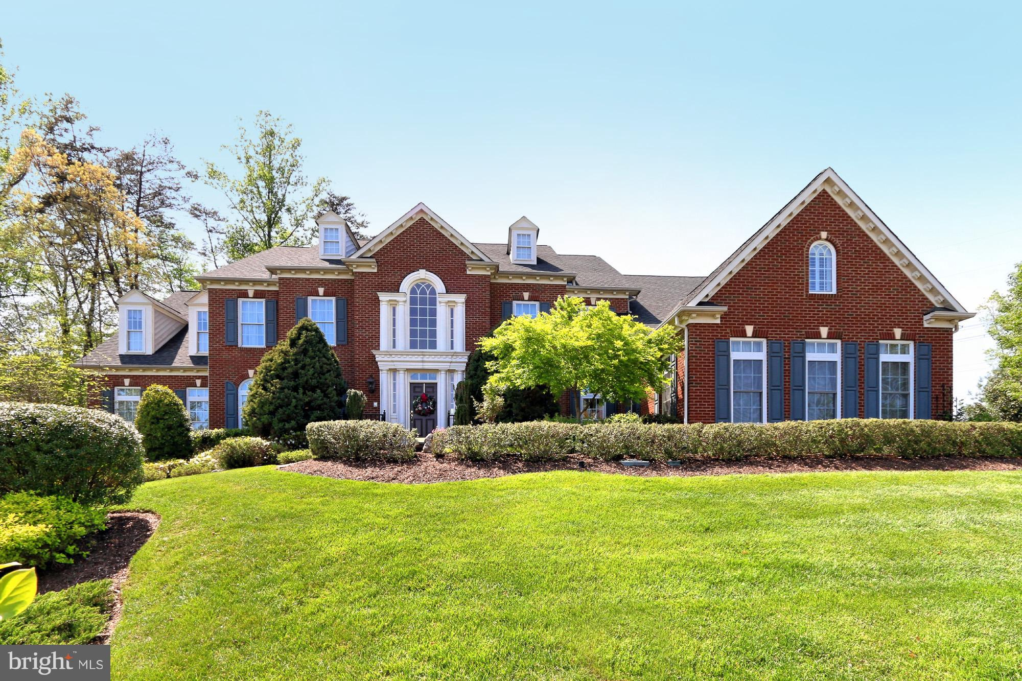 SPECTACULAR! NV Homes Monticello model on 1.32 acres. 2 story foyer w/dual staircase. Gourmet Kitchen w/Viking Professional Series. Morning Rm. 2 story Family Rm w/custom cabinetry. Gracious size formal Dining Rm. UL-Master Suite w/designer shower. LL- Au-Pair Suite, Rec Rm,Theatre. Exterior -3-sided brick. 3 car garage.Tranquil private backyard fully fenced. 6.5 miles to I95.ONE OF A KIND!! 10+++