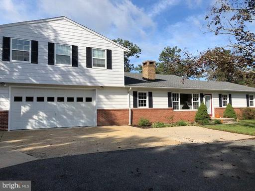 10481 Willetts Crossing, White Plains, MD 20695