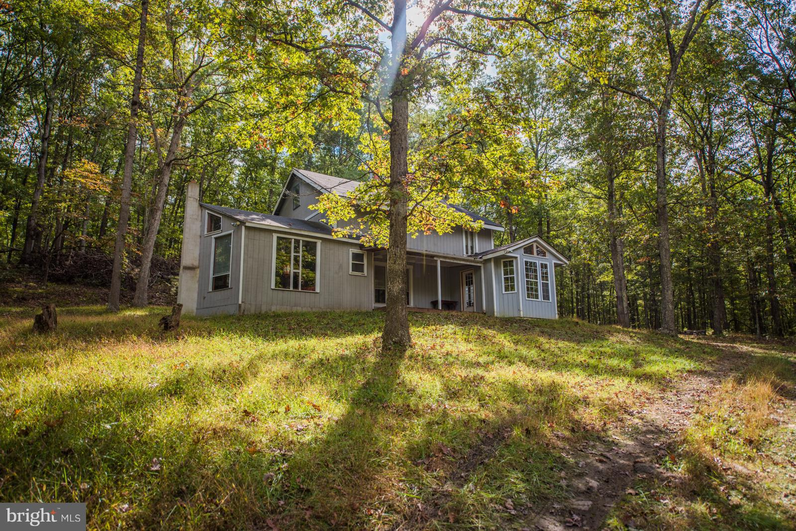 5595 ROCKFORD ROAD, GREAT CACAPON, WV 25422