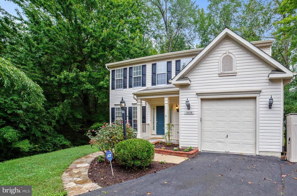 1806 HAREWOOD LANE, CROFTON, MD 21114
