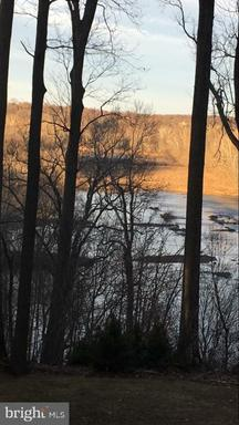 Great Falls, VA 22066