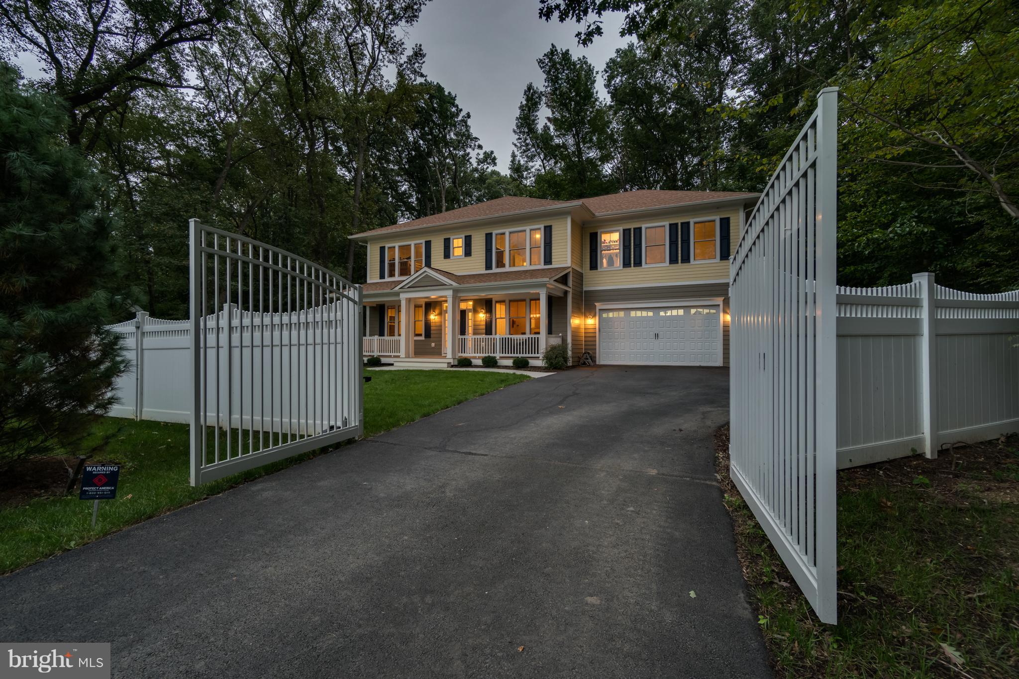 Rare opportunity to purchase the home of WNBA Mystics Superstar Elena Delle Donne! Elena thought of everything! Soaring 9 ft ceilings, Gourmet KIT, LR with cozy FP & floor to ceiling built-ins, stunning MBR has huge walk-in closet & 4 pc BA with rain shower, BONUS upper lvl Rec RM, private office, 2 car gar, on private 1 fenced acre. 5 mi to Reagan Natl, 2 mi to Whole Foods, 3 mi to Trader Joes!