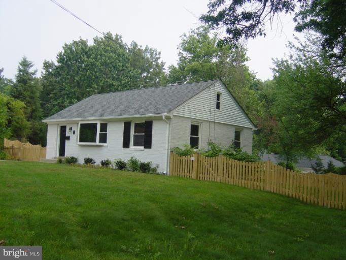 1705 Jamestown Rd