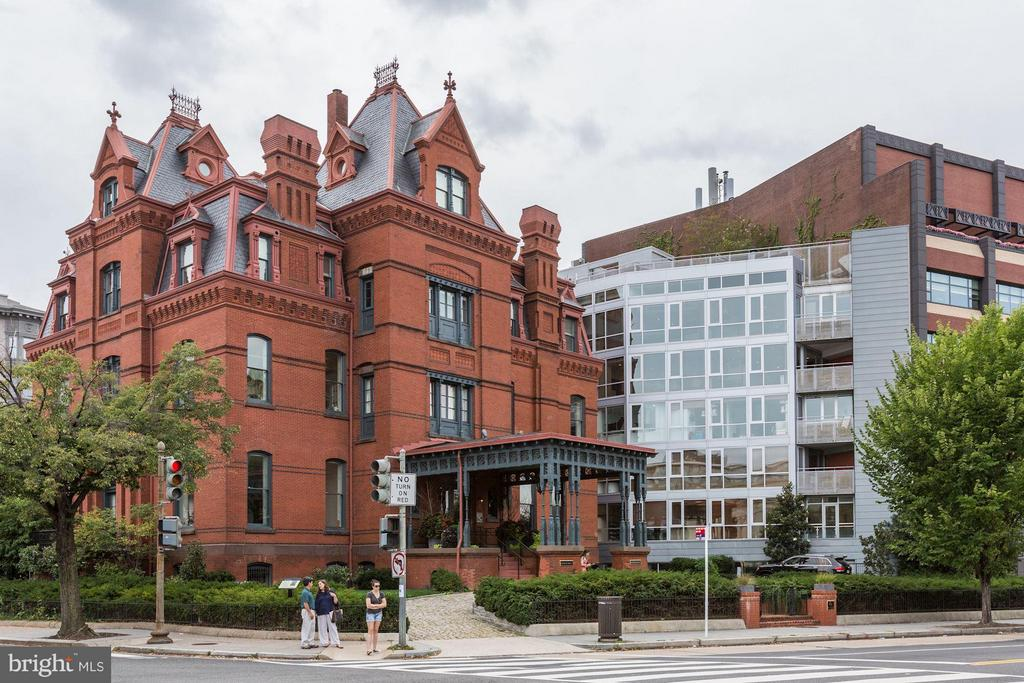 2002 MASSACHUSETTS AVENUE NW #PENTHOUSE, WASHINGTON, DC 20036