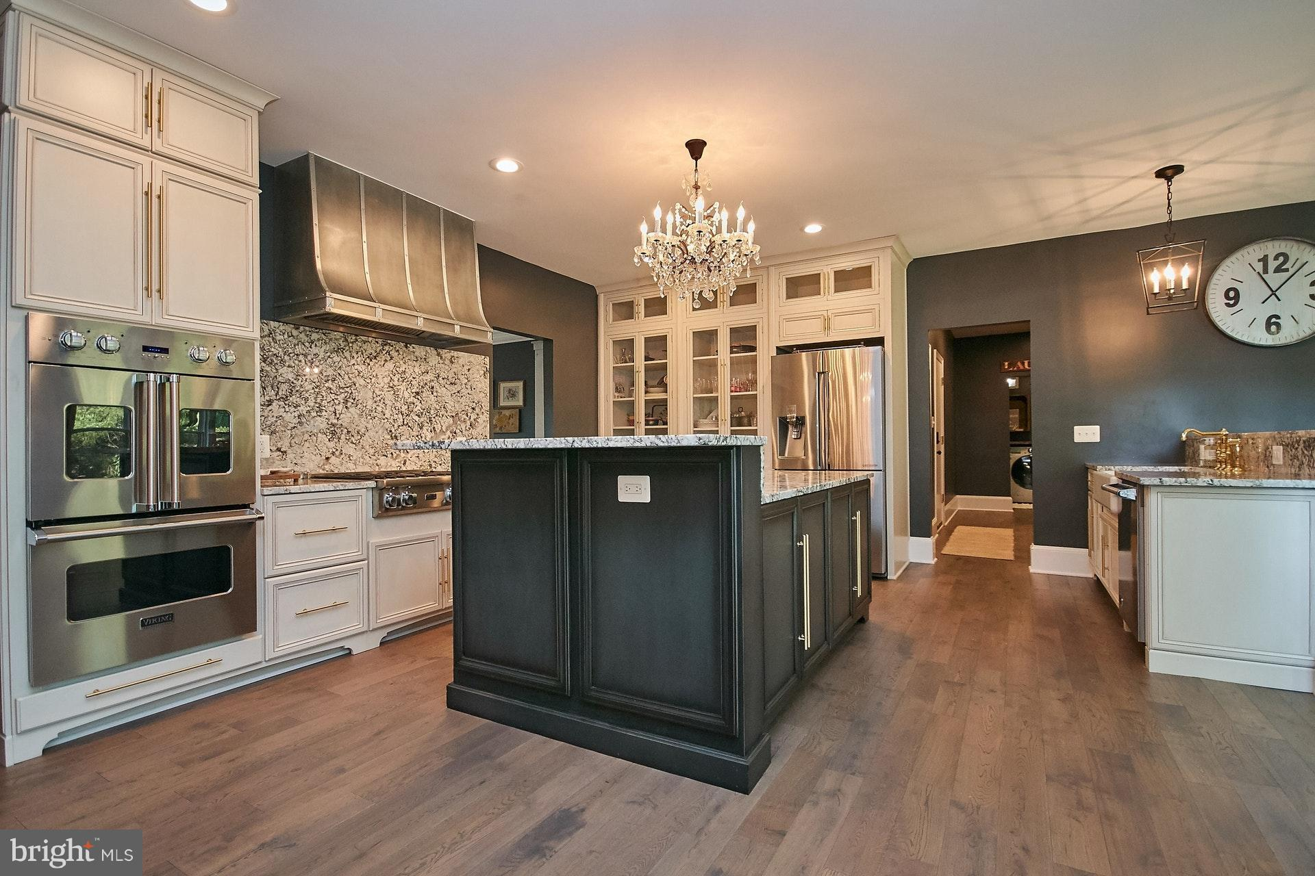 ***MOVE FAST!  HUGE PRICE DROP - BEST VALUE IN FAIRFAX STATION ON 5 AC! EXTRAORDINARY 4 BR, 3.5 BA SF W OVER $450K IN UPGRADES!  EVERYTHING HAS BEEN REMODELED TOP TO BOTTOM, ON 3 FIN'D LVLS!  PREMIER COUNTRY SITING - PRIVACY, TRANQUILITY, W/ 2-HORSE BARN! YET JUST MINS TO MAJOR COMMUTER ROUTES!  RARE OPPTY TO OWN MOVE-IN READY FARMHOUSE CHIC HOME!  LOVELY IN-GROUND POOL SITS ON PRIV 5 ACRE LOT.