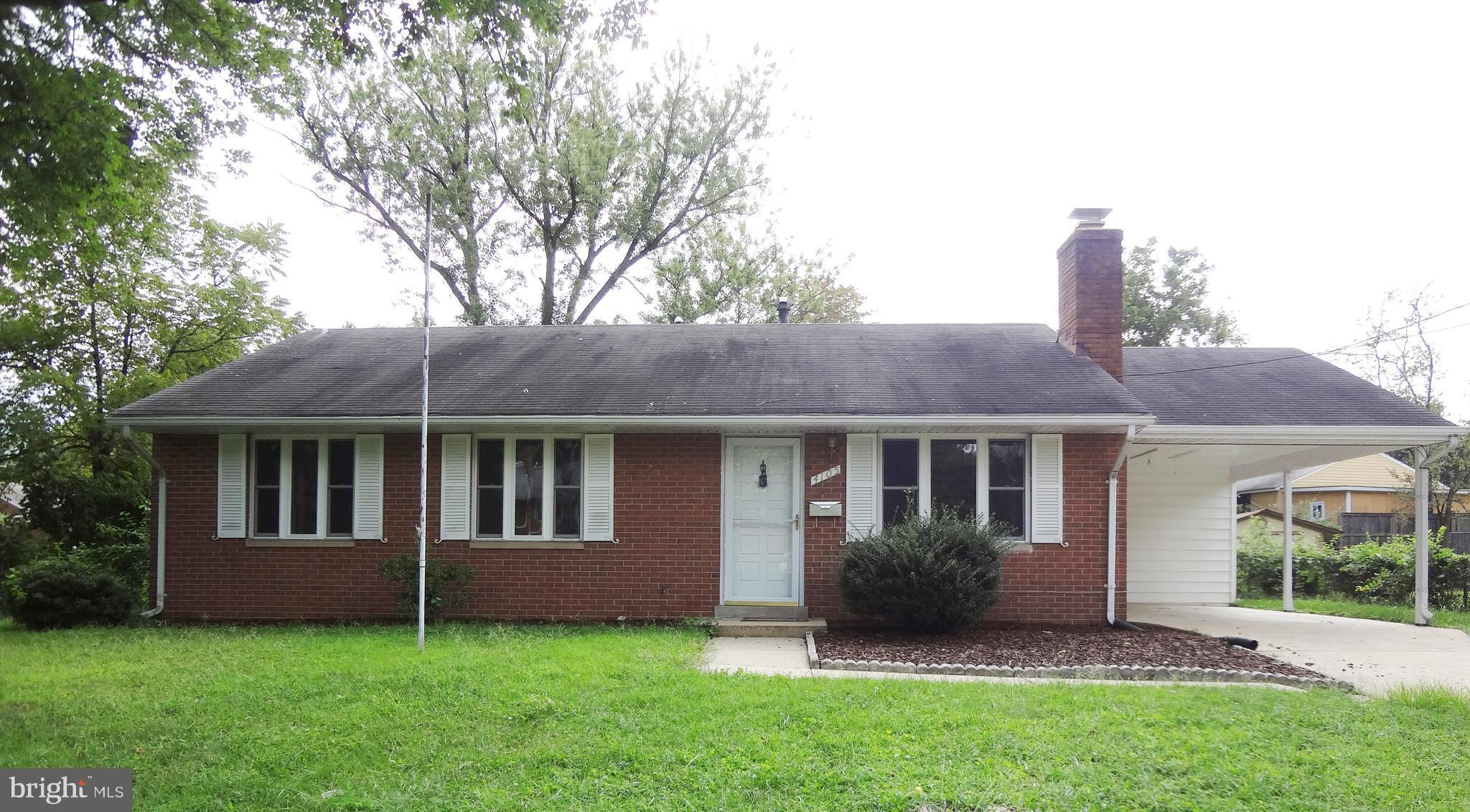 3/4 BR, 2.5 BA. Fenced, brick Extended Rambler.  All BR & BA on one level. Freshly painted, new carpet. Huge MBR (2 BR's combined).  BR#2 w/shower. Newer kit.. LR w/FPL. Huge Fam.Rm--glass door to patio. Two zone gas heat. CAC. Separate Laundry RM w/Washer & Dryer. Carport. Loads of storage. Min. to major shopping and fine restaurants.