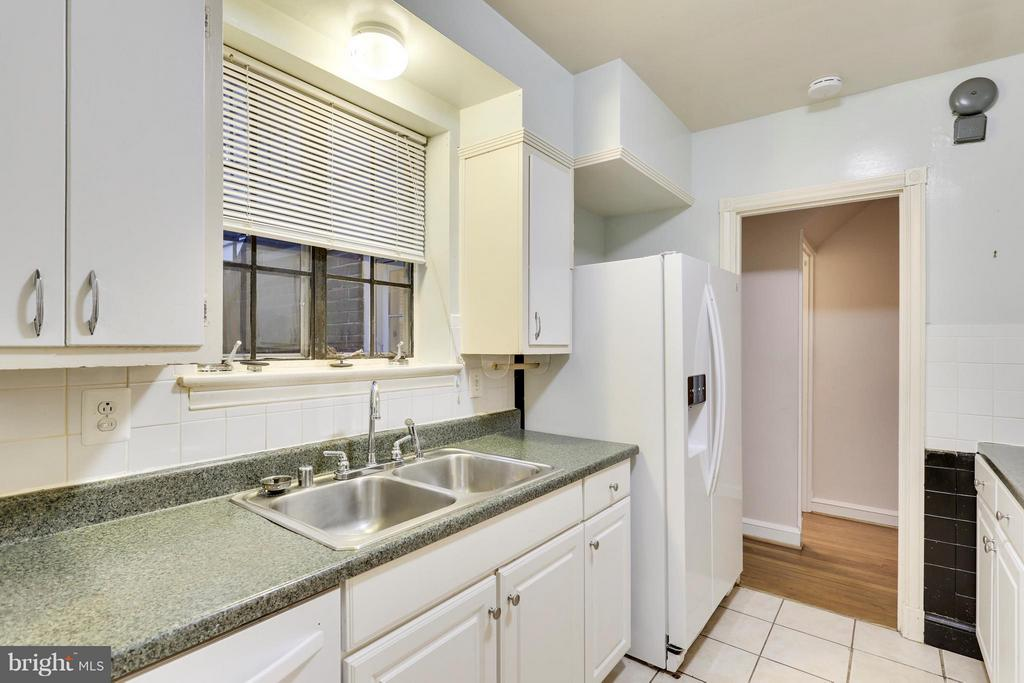 15 E Irving St, Chevy Chase, MD 20815