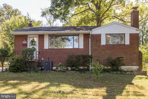 10005 Hunter, Fairfax, VA 22031
