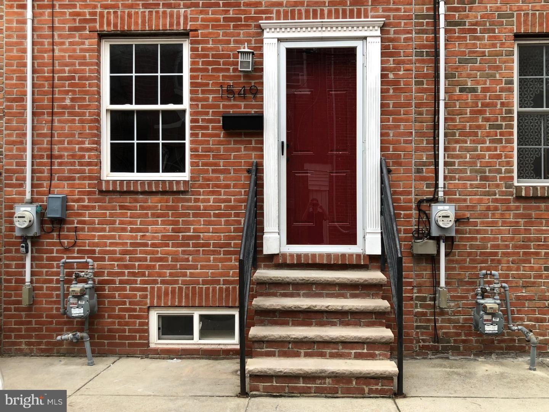 1549 E Hewson Street Philadelphia, PA 19125