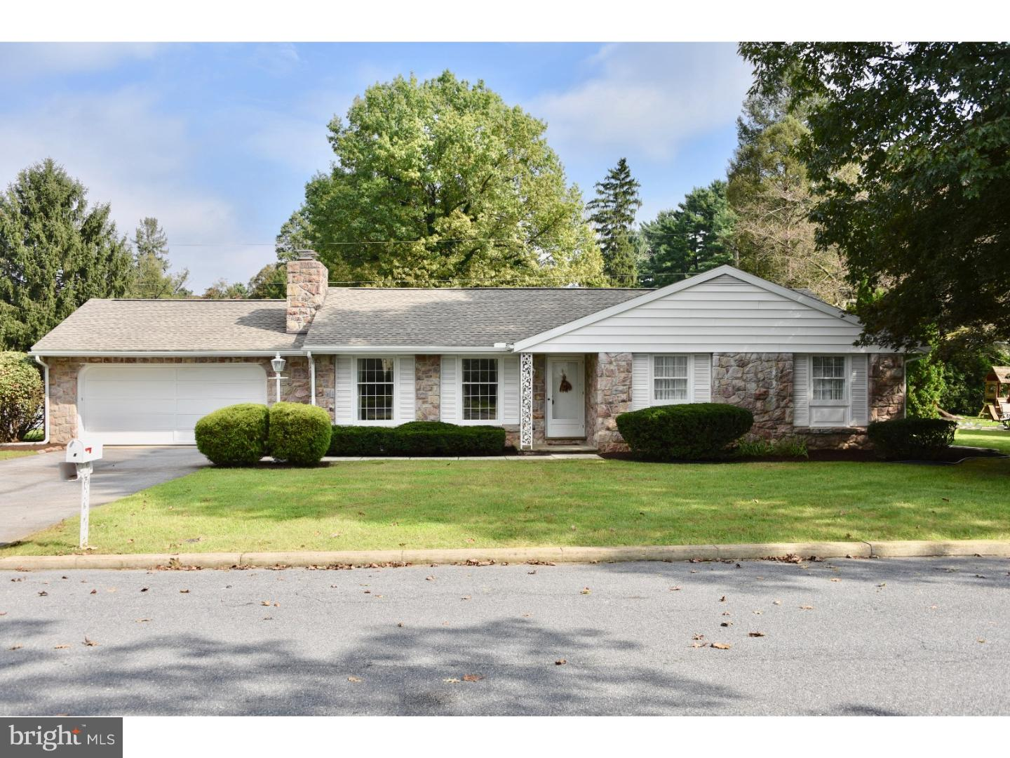 8 WENDY ROAD, READING, PA 19601
