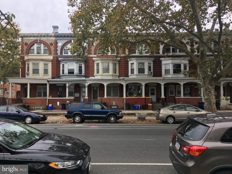 5006 Walnut Street Philadelphia, PA 19139
