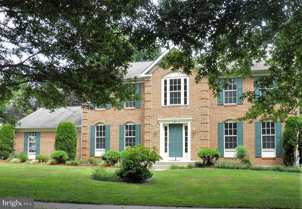 1 CHAGALL COURT NORTH POTOMAC, MD 20878 1002289960