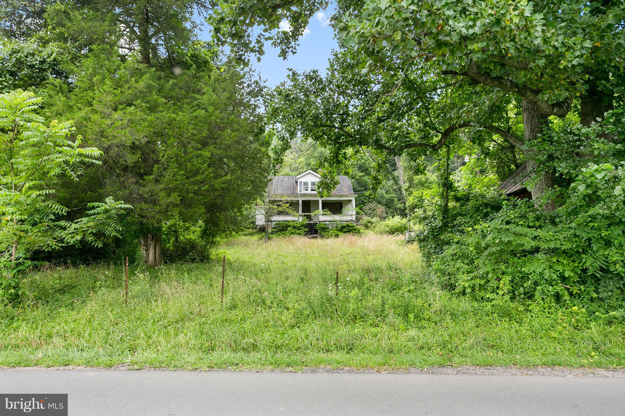 13339 MOUNTAIN ROAD, LOVETTSVILLE, VA 20180
