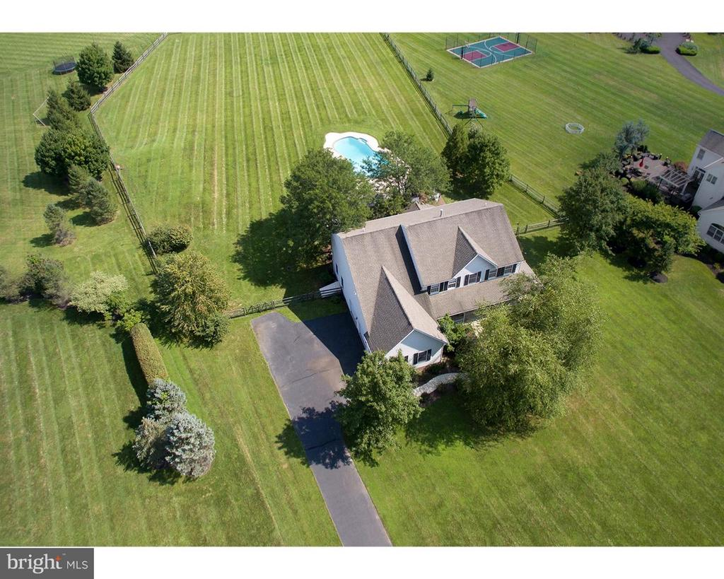 6180 LOWER MOUNTAIN ROAD, NEW HOPE, PA 18938