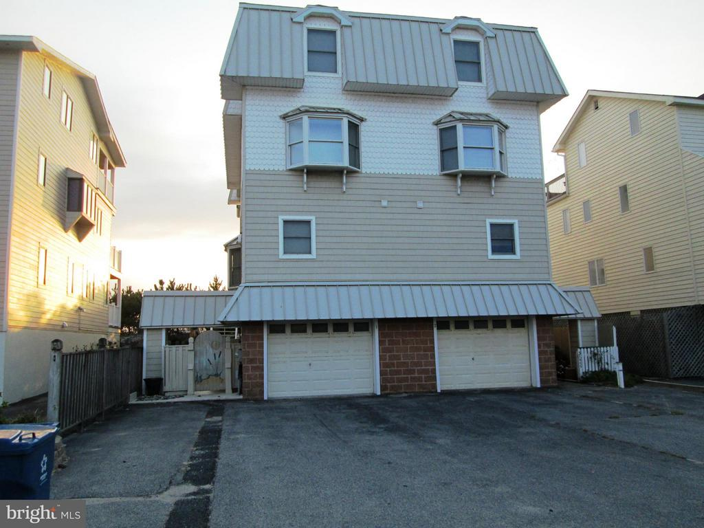 38955  BUNTING AVENUE  NORTH UNIT, Fenwick Island, Delaware