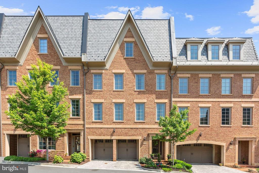 OPEN SUNDAY 7/21, 2-4PM! New Price! Nestled along the Potomac with a stunning PANORAMIC ROOFTOP VIEW! Luxurious 3BR/3FB/2HB four-level Townhouse with elevator and 2-car garage with driveway. IMPECCABLE FINISHES & UPGRADES, Gourmet Kitchen, and large living spaces. COMFORTABLE and CONVENIENT living with Georgetown minutes away. Approximately 3700 SF with marvelous outdoor spaces - roof deck, patio, balcony. 3 gas fireplaces and a top level flex space ideal for a 3rd Bedroom or Loft.